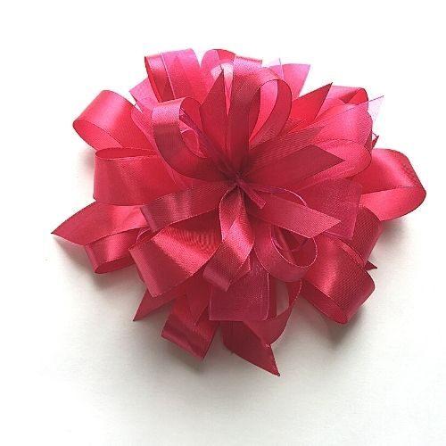 Koši rozā dāvanu pušķis