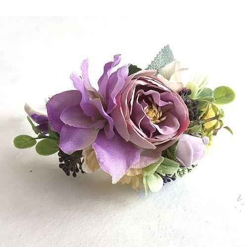 Matu stīpiņa ar gaiši violetiem ziediem