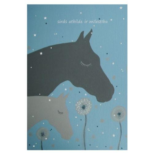 Apsveikuma kartīte ar zirgiem un uzrakstu Sirds atbilde ir mīlestība